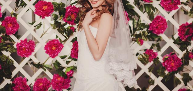 beautiful-bride-wedding-dress_84738-2491