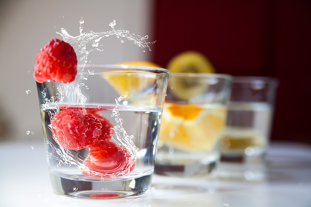 nápoj s ovocem