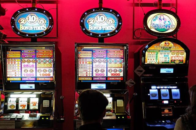 Koniec hazardným hrám
