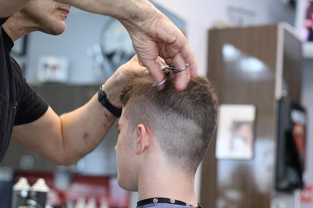 Barber shopy, štýlové holičstvá pre mužov