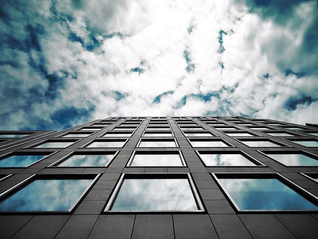 okná a budove
